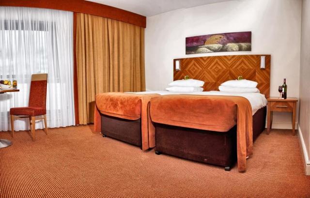 Aspect Kilkenny Hotel Double Bedroom
