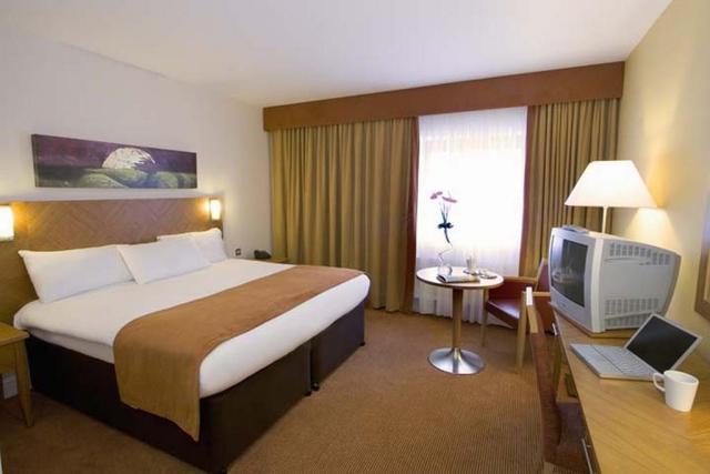 Aspect Kilkenny Hotel Bedroom 2