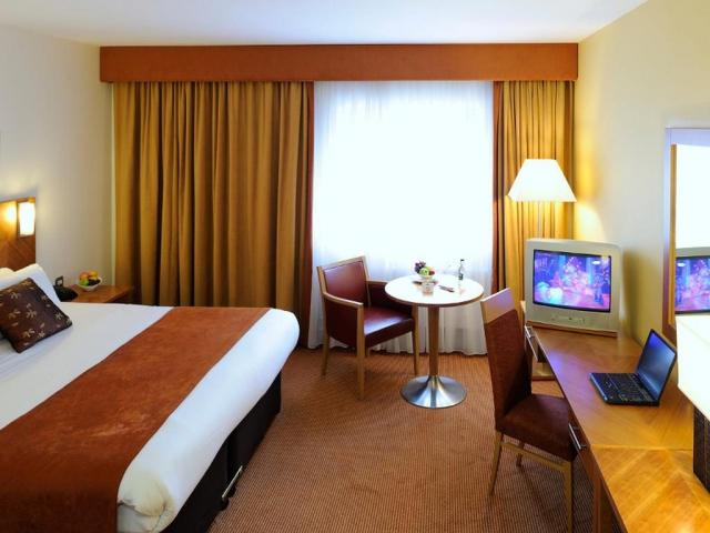 Aspect Kilkenny Hotel Bedroom 3