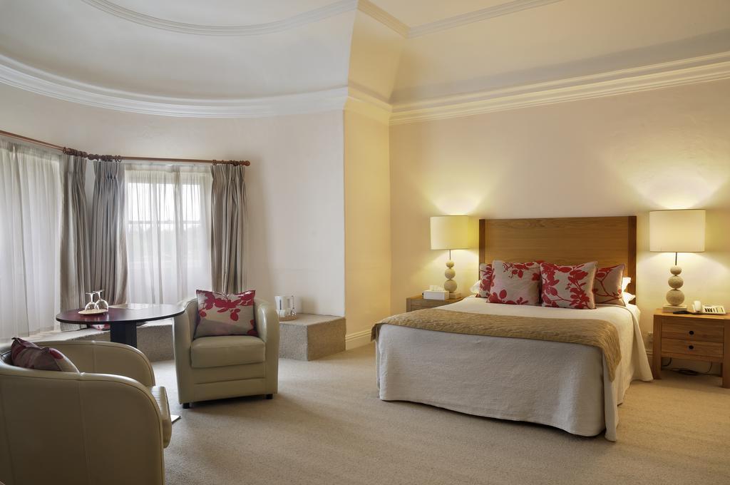 Butler House Luxury Kilkenny Guest House bedroom 2
