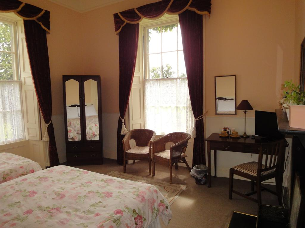Glendine House Kilkenny City B&B Bedroom