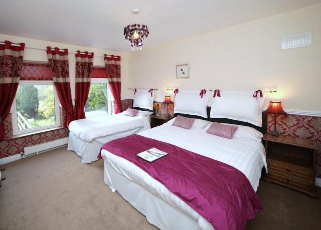 Launard House B&B bedroom