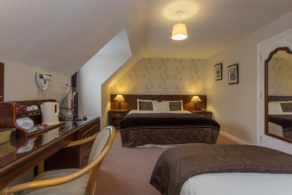 The Laurels bnb kilkenny large bedroom
