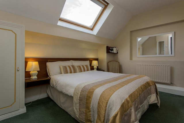 The Laurels bnb kilkenny double bedroom