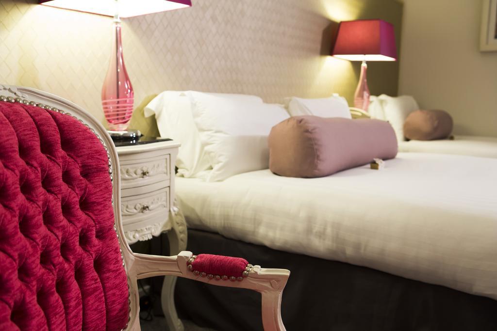 Hotel Kilkenny bedroom 2