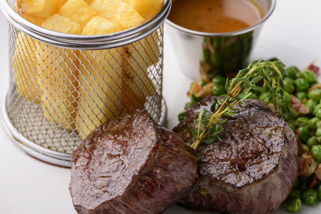 Kilkenny hibernian hotel fillet steak