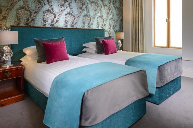 Kilkenny hibernian hotel twin bedroom