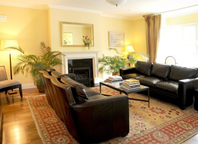 Rosquill House lounge