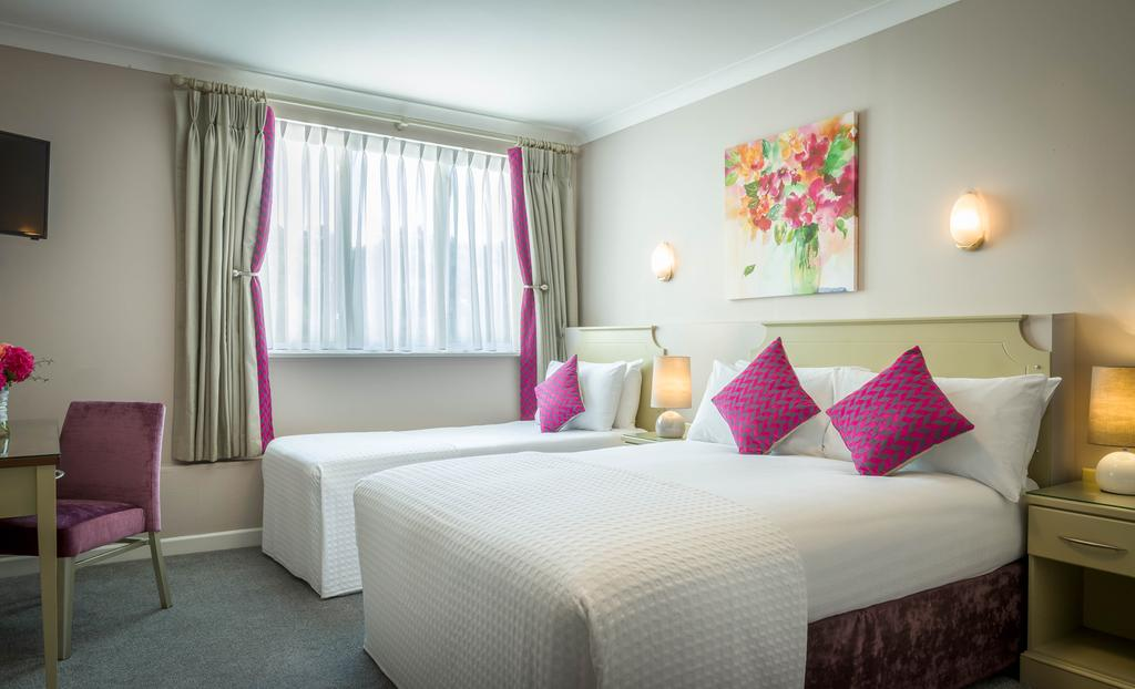 Springhill Court Hotel Kilkenny Double Bedroom