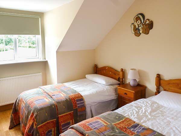 Lover's Lodge Kilkenny bedroom 1